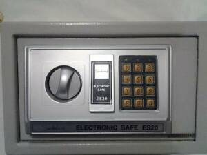 Sandleford electronic safe es20 manual
